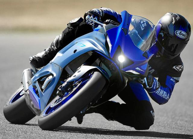 """画像: ヤマハが新型車「YZF-R7」を正式発表! MT-07ベースの""""扱いきれる""""2気筒スーパースポーツ - webオートバイ"""