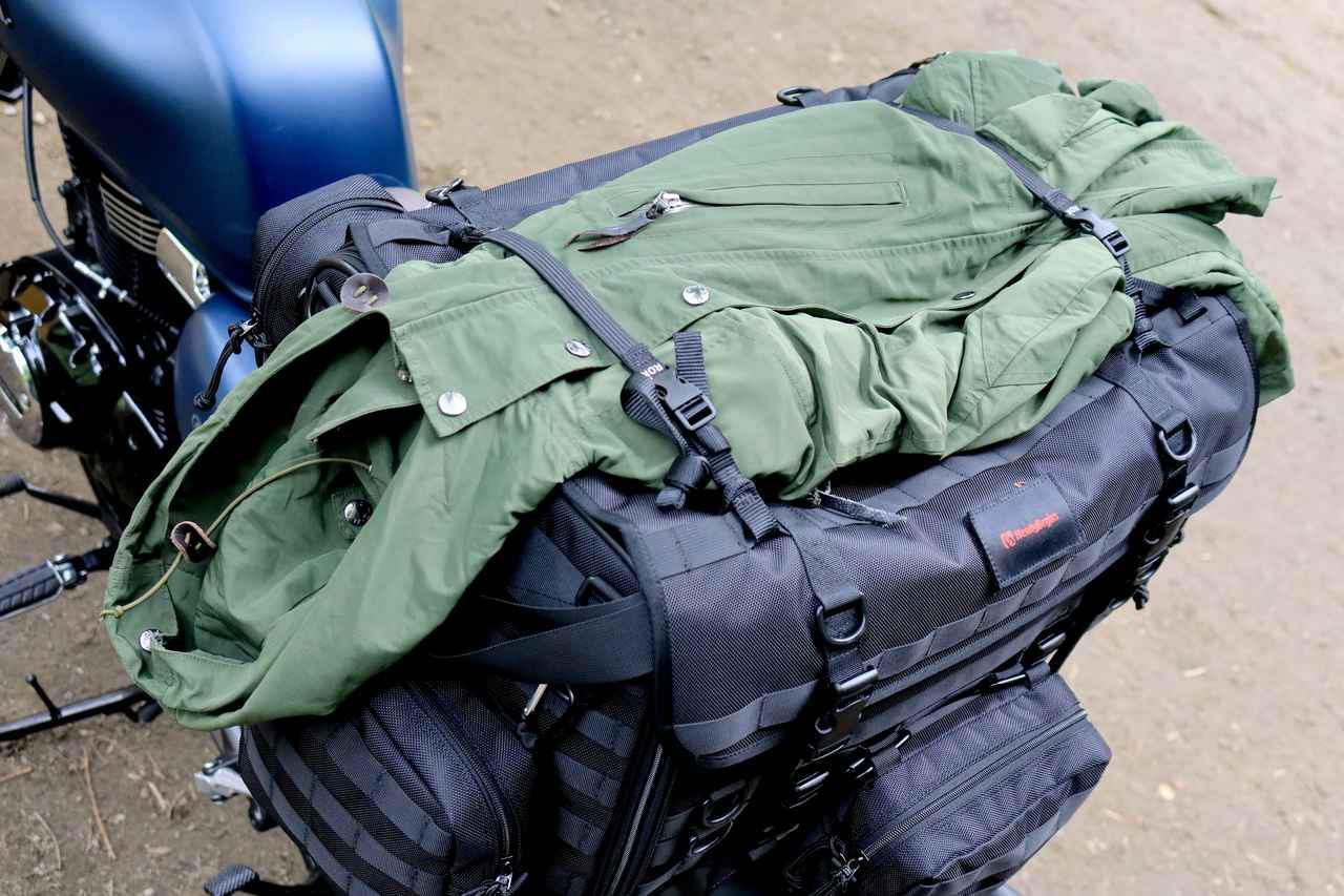 画像14: 自分仕様のキャンプツーリングバッグを作ろう! ヘンリービギンズの「キャンプシートバッグ システム」がかなえる自由な旅