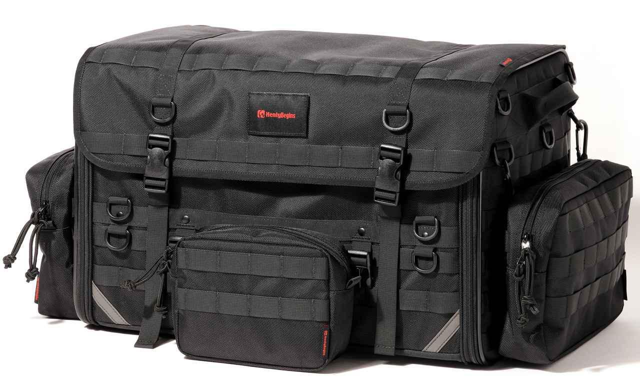 画像: ▲ベースのバッグにポーチを装着した一例。見た目もギア感が増して、かっこよくなった!