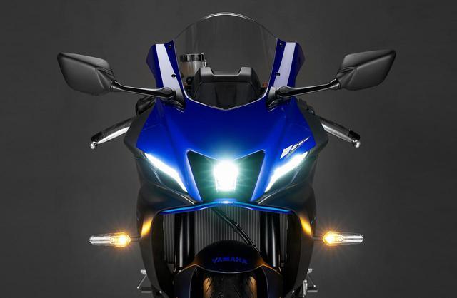 画像: ヤマハ「YZF-R7」のスタイリングをあらゆる角度からチェック! YZF-Rシリーズの伝統を受け継ぎながら新機構も採用 - webオートバイ