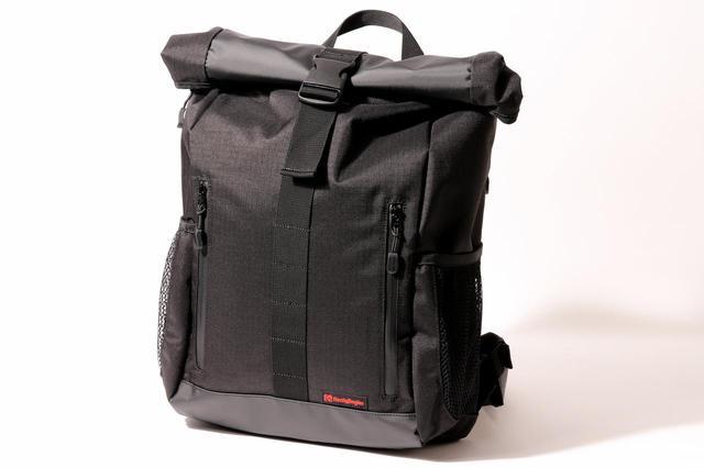 画像1: 毎日使う防水バッグに求めたいのは、たしかな防水性と使い勝手の良さ