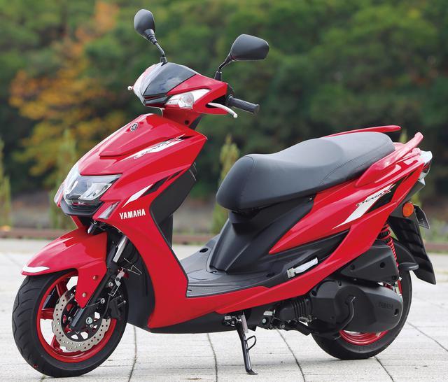 画像: YAMAHA CYGNUS X 総排気量:124cc エンジン形式:空冷4ストSOHC4バルブ単気筒 シート高:775mm 車両重量:119kg 税込価格:33万5500円
