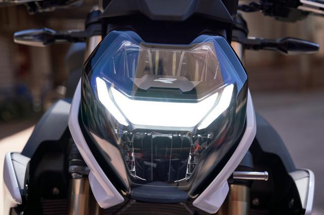 画像6: BMW新型「S 1000 R」の特徴