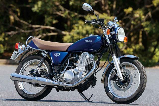 画像: YAMAHA SR400 FINAL EDITION 総排気量:399cc エンジン形式:空冷4ストSOHC2バルブ単気筒 シート高:790mm 車両重量:175kg 発売日:2021年3月15日(月) メーカー希望小売価格:税込60万5000円