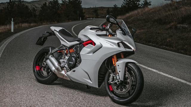 画像: 【走行映像】New Ducati SuperSport 950 | Your Way To Sport www.youtube.com