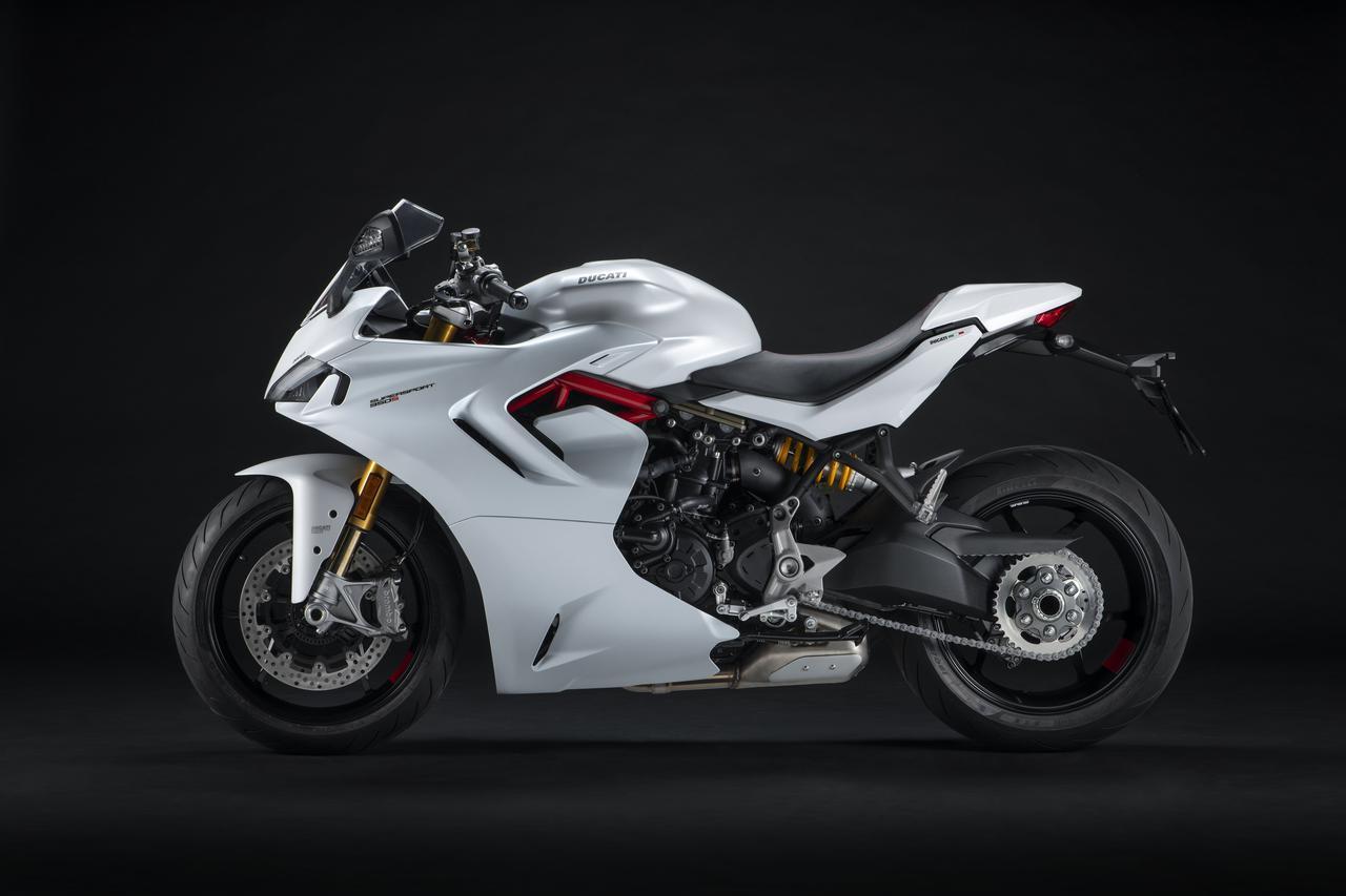 Images : 2番目の画像 - 【写真4枚】ドゥカティ「スーパースポーツ950」 - webオートバイ
