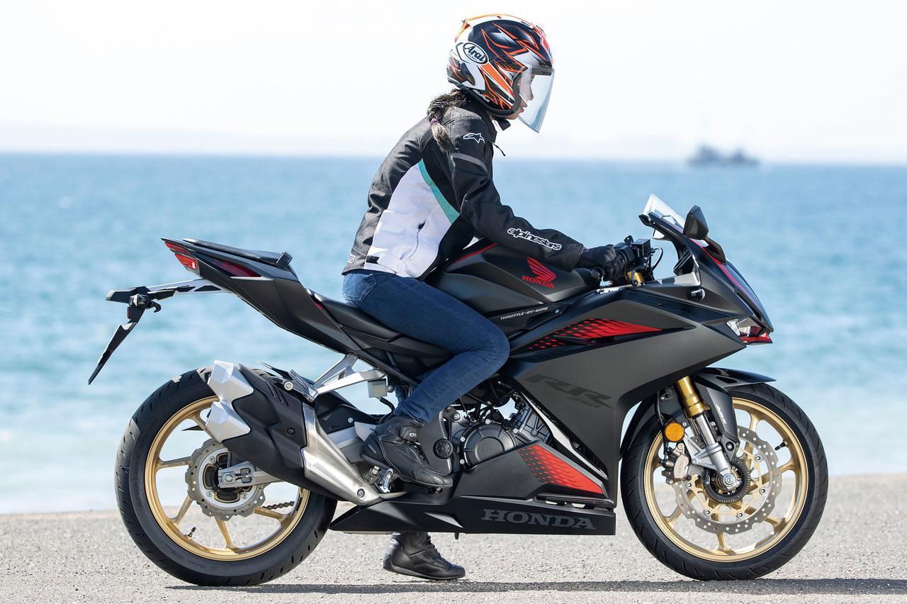画像1: 250ccフルカウルスポーツバイクを徹底比較|国内4メーカー計6機種であなたのベストはどの一台だ?(2021年)