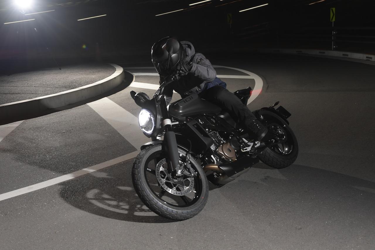 画像: 【インプレ】「スヴァルトピレン701」 - webオートバイ