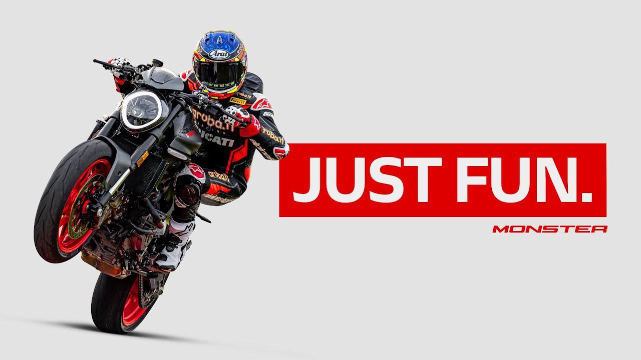 画像: 【走行映像】New Ducati Monster | Just Fun www.youtube.com