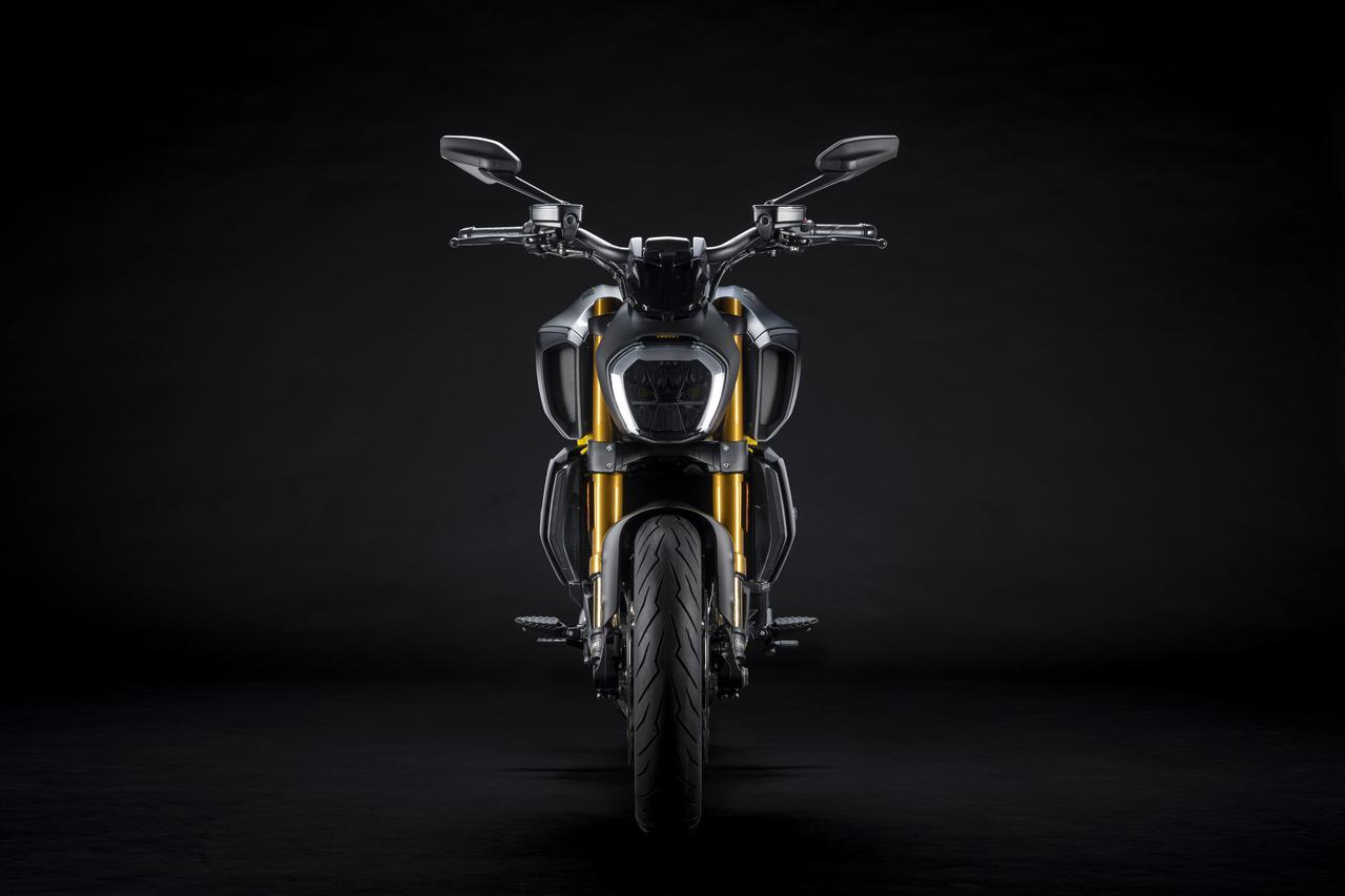 Images : 14番目の画像 - 【写真18枚】ドゥカティ「ディアベル1260S ブラック&スチール」 - webオートバイ