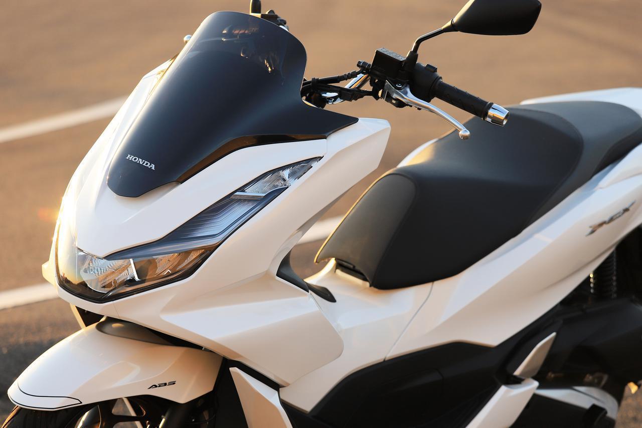 画像: ホンダ新型「PCX」通勤インプレ|燃費・足つき・使い勝手をレビュー - webオートバイ