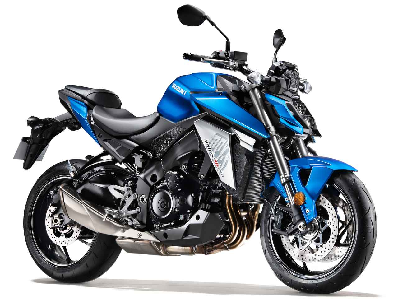 画像: SUZUKI GSX-S950 総排気量:999cc エンジン形式:水冷4ストDOHC4バルブ並列4気筒 シート高:810mm 車両重量:214kg