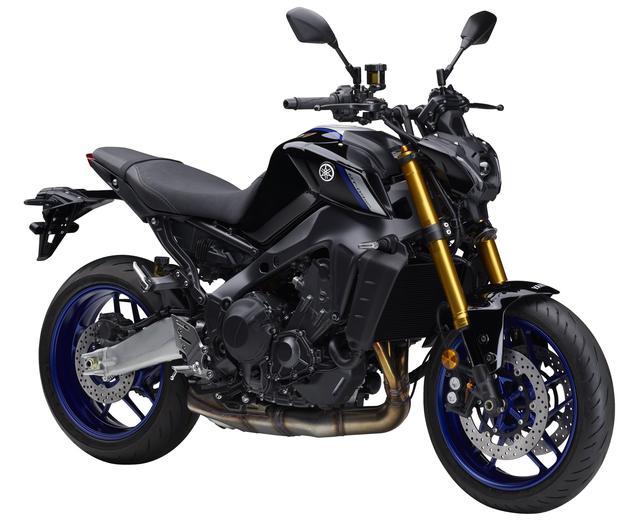 画像: YAMAHA MT-09 SP ABS 2021年モデル 総排気量:888cc エンジン形式:水冷4ストDOHC4バルブ並列3気筒 シート高:825mm 車両重量:190kg 発売日:2021年7月28日(水) 税込価格:126万5000円