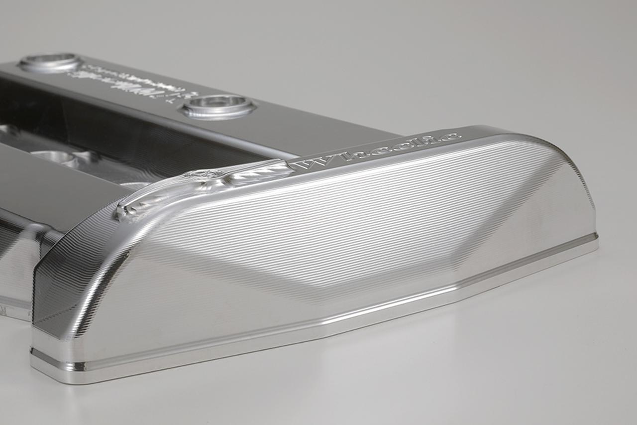 画像1: 高強度を保ちながら薄肉軽量化! ウイリーからGPZ900Rニンジャ用の3D削り出しヘッドカバーが登場