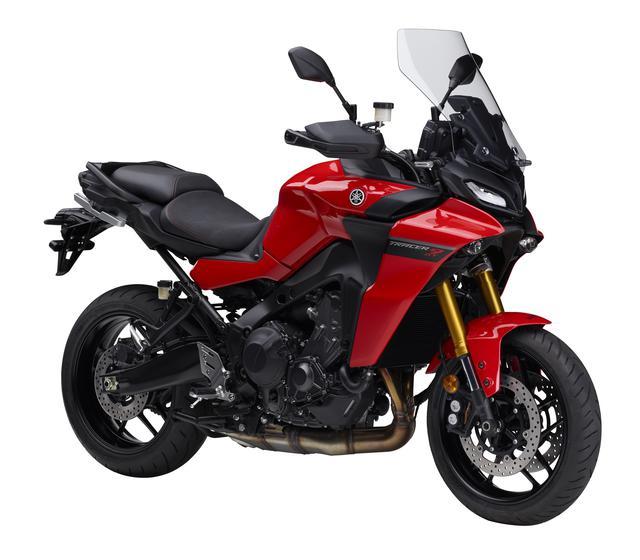 画像: YAMAHA TRACER9 GT ABS 総排気量:888cc エンジン形式:水冷4ストDOHC4バルブ並列3気筒 シート高:810/825mm 車両重量:220kg 発売日:2021年7月28日予定 税込価格:145万2000円