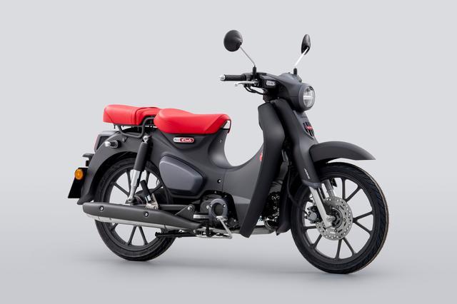 画像: Honda SUPERCUB 125 欧州仕様・2022年モデル 総排気量:124cc エンジン形式:空冷4ストSOHC2バルブ単気筒 シート高:780mm 車両重量:110kg