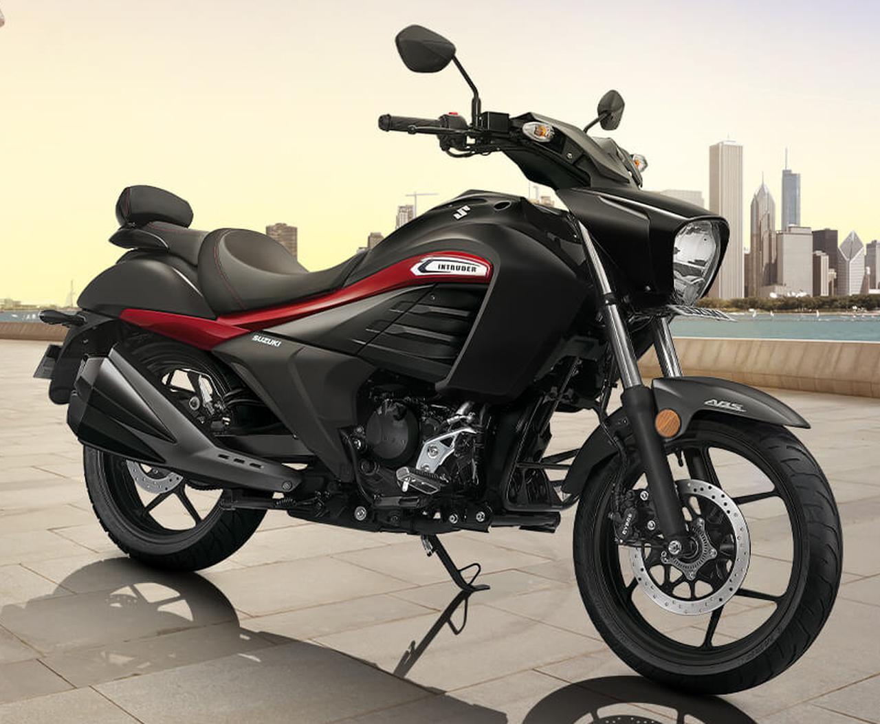 画像: スズキ「イントルーダー」はインドで姿を変えて人気モデルになっていた? - webオートバイ