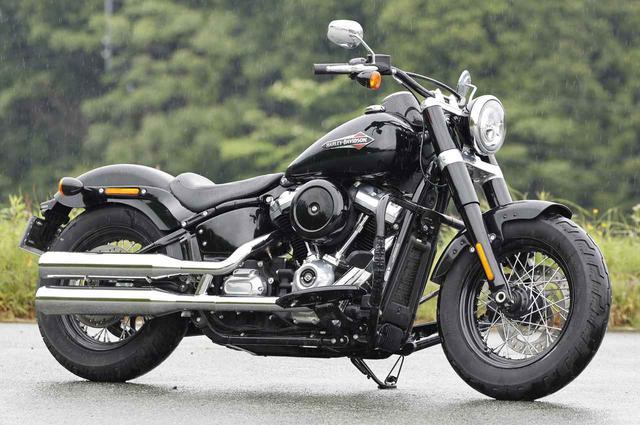 画像: Harley-Davidson Softail Slim 総排気量:1746cc エンジン形式:空油冷4ストOHC4バルブV型2気筒 シート高:660mm 車両重量:304kg ベース価格:税込237万9300円