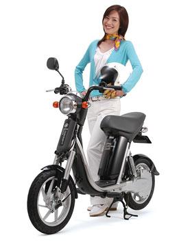 画像: EC-02と共通部品を増やすことでコストダウンを図ったパッソル・エルは、先代パッソルの24万円(全国販売モデル)より安い20万9,790円で販売されました。 global.yamaha-motor.com