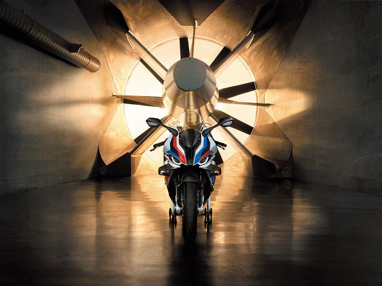 画像: BMW「M1000RR」のすごさとは? - webオートバイ