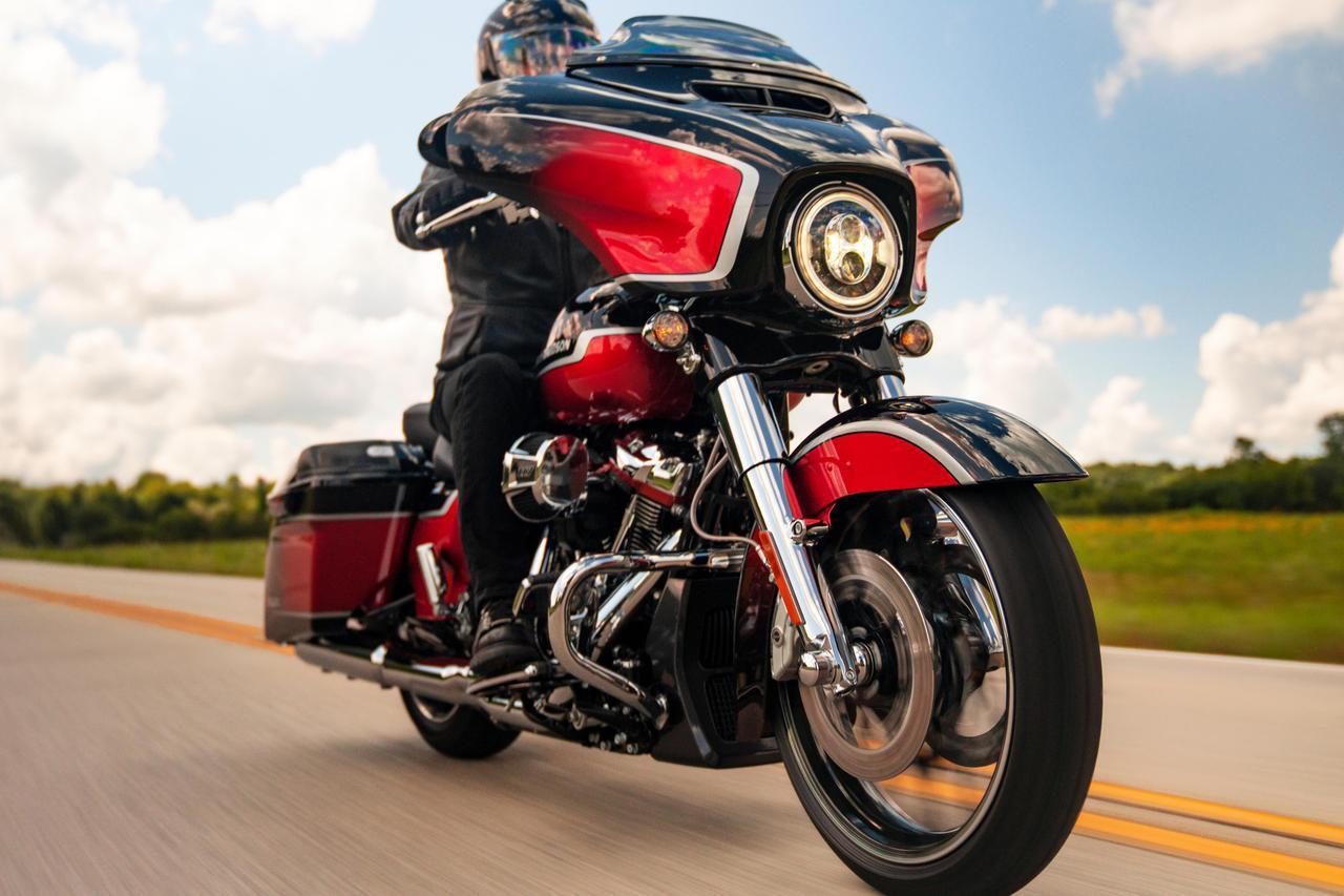 画像: ハーレーダビッドソンの頂点CVOファミリー 2021年の注目モデルは「CVOストリートグライド」「CVOロードグライド」 - webオートバイ