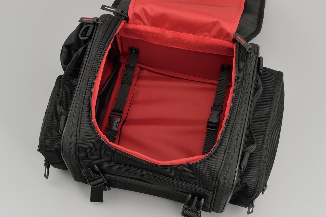 画像: 連結ベルトを使えば、負荷のかかった状態でも型くずれせず、常に美しい形をキープ。