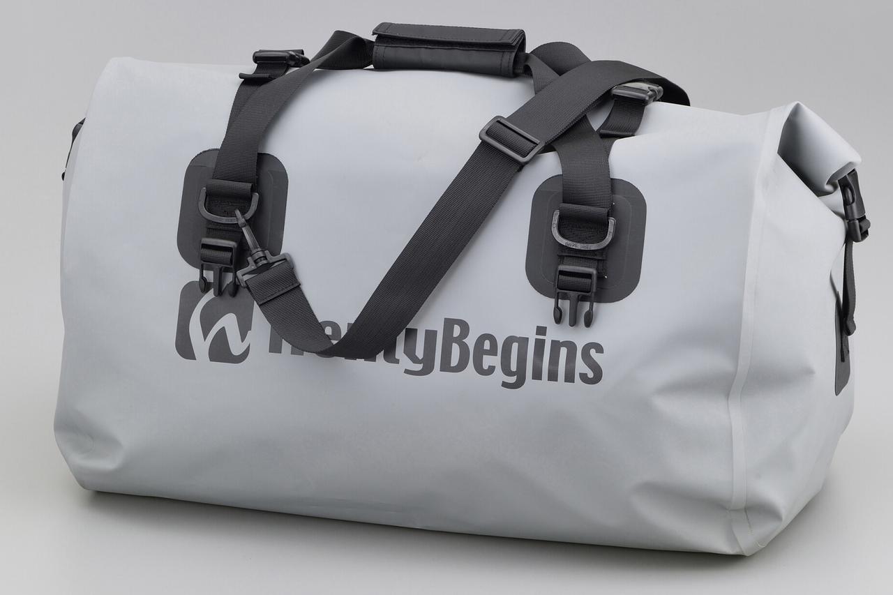 画像12: お手頃価格の防水バッグパックとシートバッグがヘンリービギンズから登場! バイクで使うのにちょうどいいサイズ感と容量が魅力