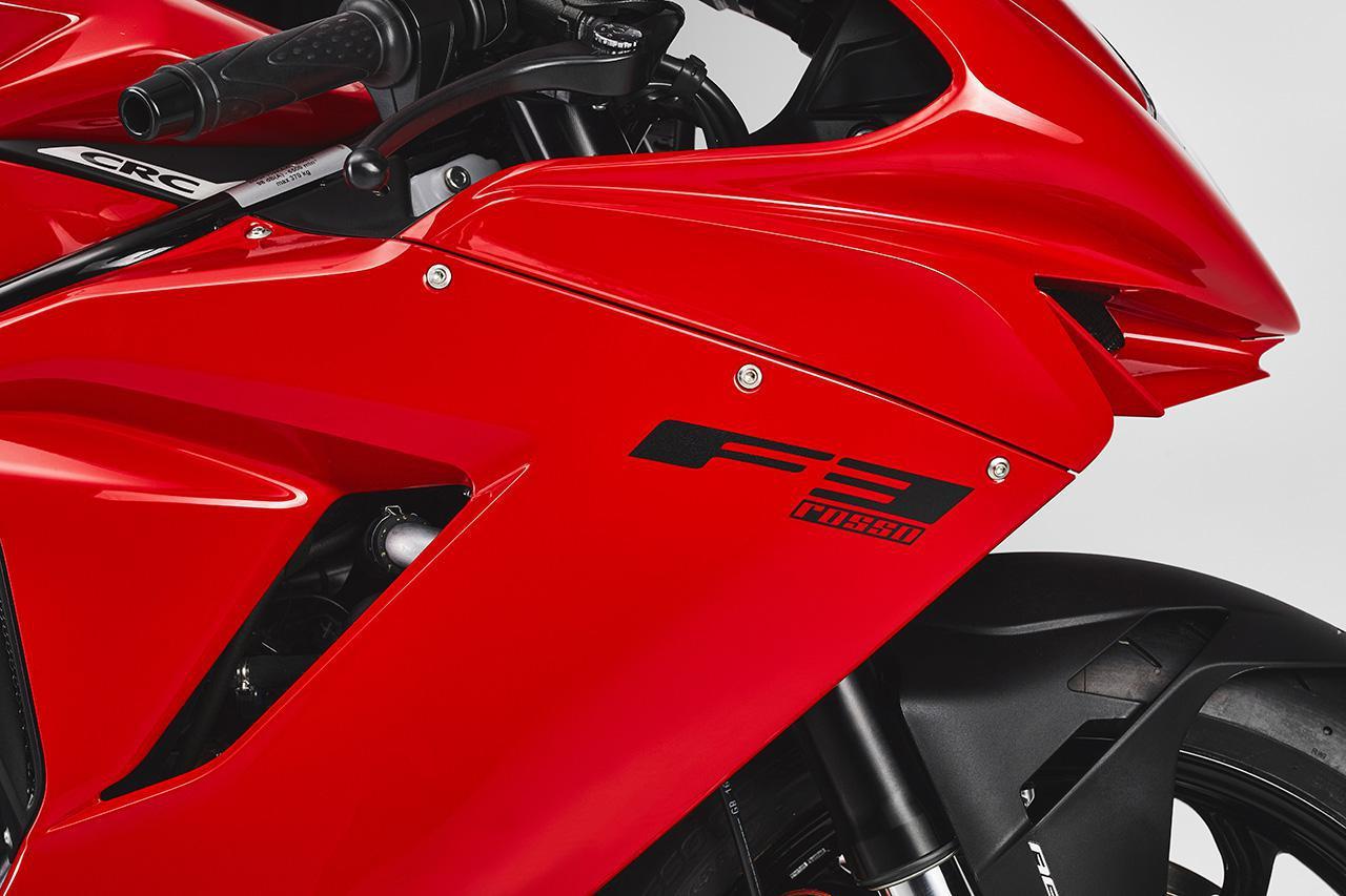画像: MVアグスタがロッソシリーズの最新モデル「F3 ROSSO」を日本でも発売 - webオートバイ