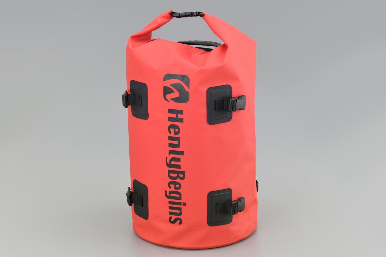 画像3: お手頃価格の防水バッグパックとシートバッグがヘンリービギンズから登場! バイクで使うのにちょうどいいサイズ感と容量が魅力