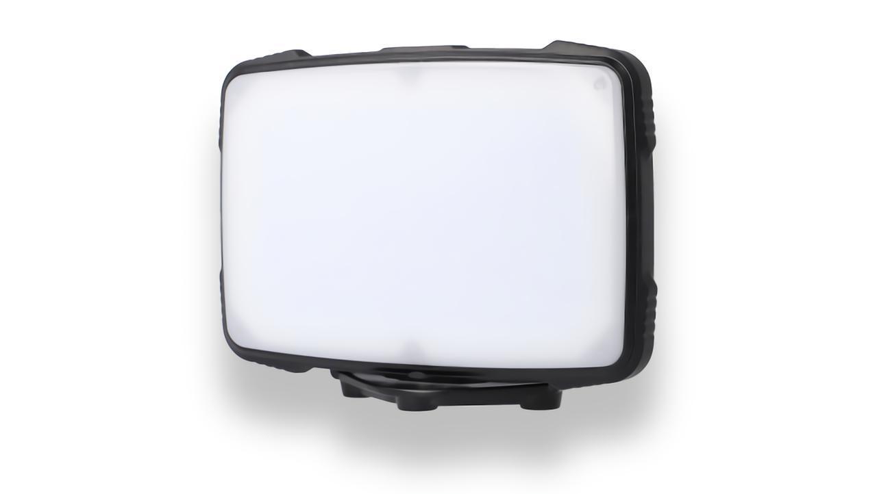 画像: GENTOS PL-400R 明るさ:1300ルーメン 点灯時間:2.5~10時間 本体サイズ(約):W152.7×H111.6×D33.3mm 本体質量(約):298g(電池含む)