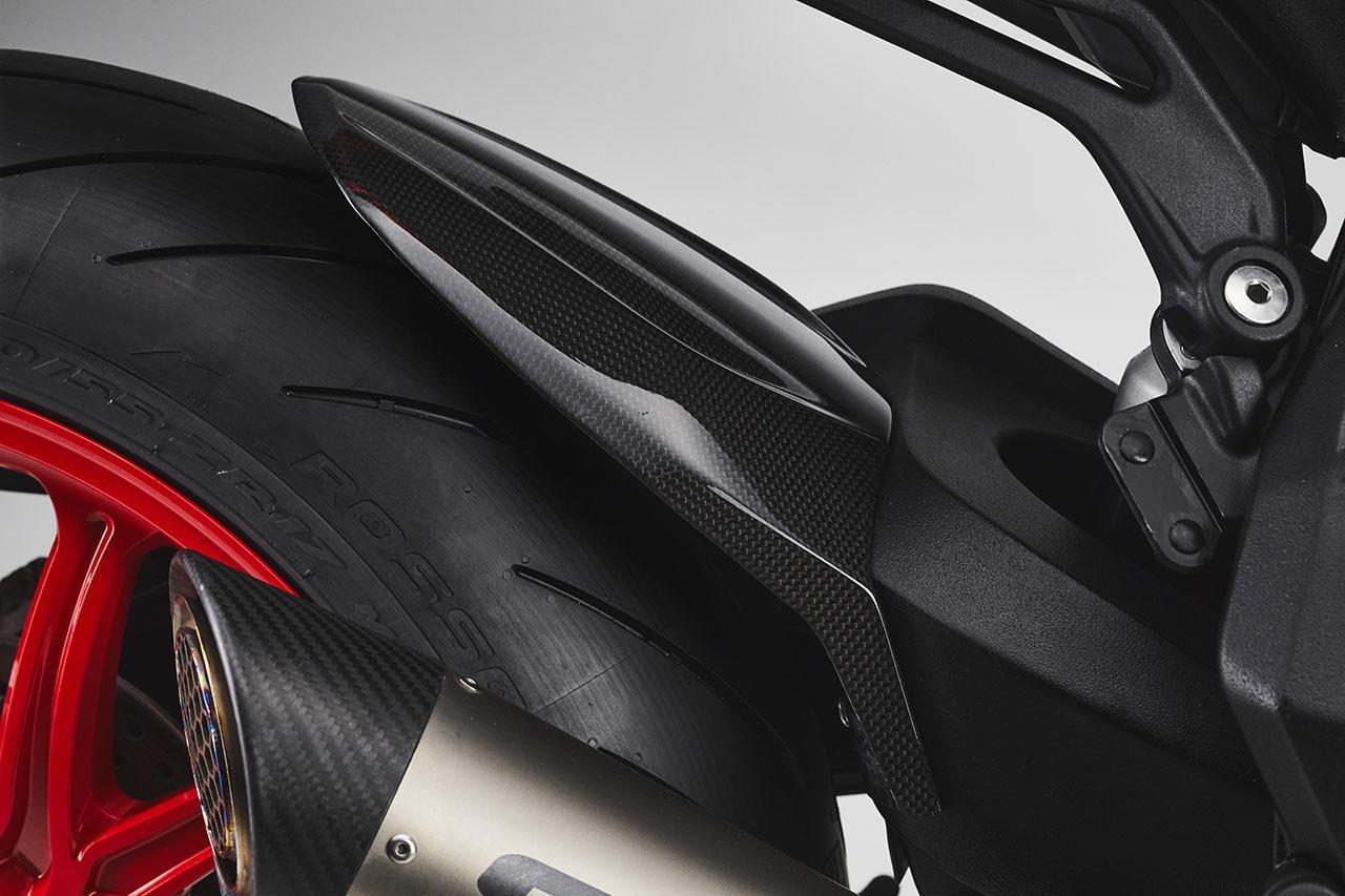画像1: MVアグスタ「ドラッグスター RC SCS」2021年モデル