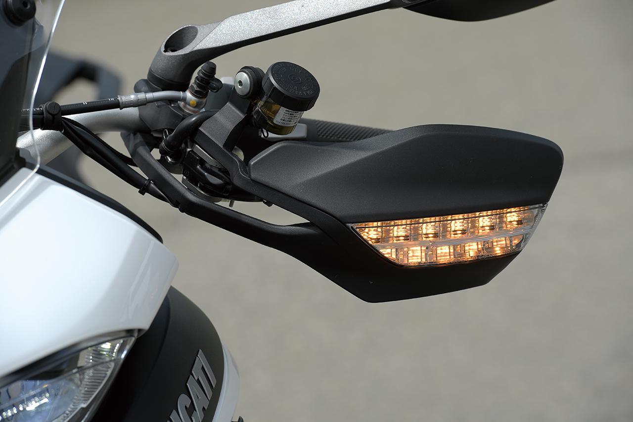画像11: 【インプレ】ドゥカティ「ムルティストラーダ950 S」を徹底解説|街乗りからオフロードにまで対応する魅惑のライディングモード