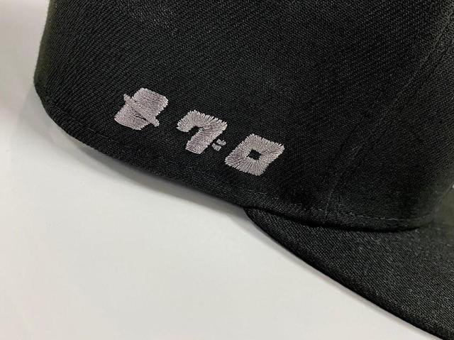 画像: ▲側面にはさりげなく「メグロ」の文字。高級感のある刺繍が特徴。