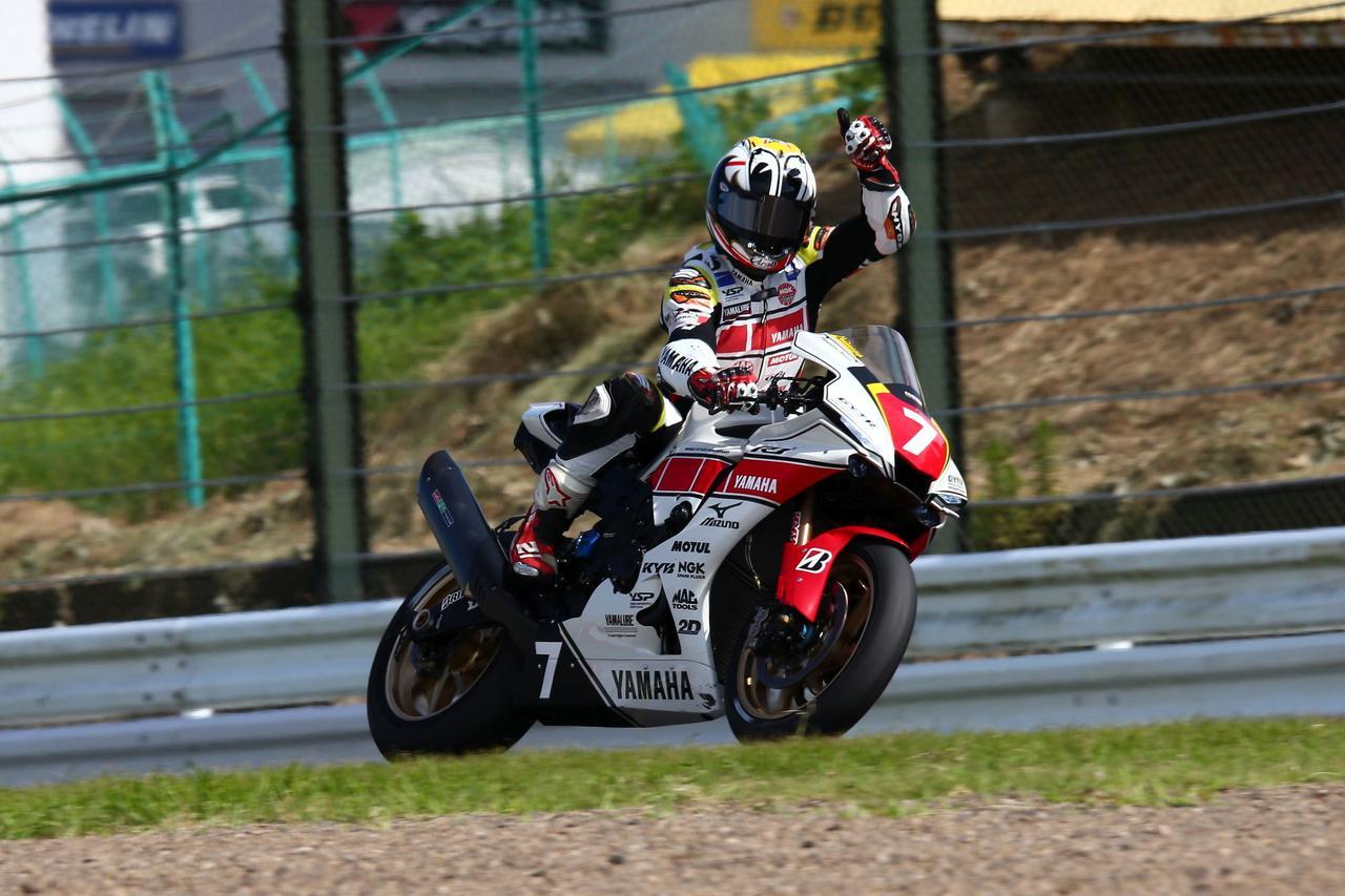画像: まずレース1を制した中須賀 真夏のスプリント、タイヤの消耗を気にかけながらのレースだったようです