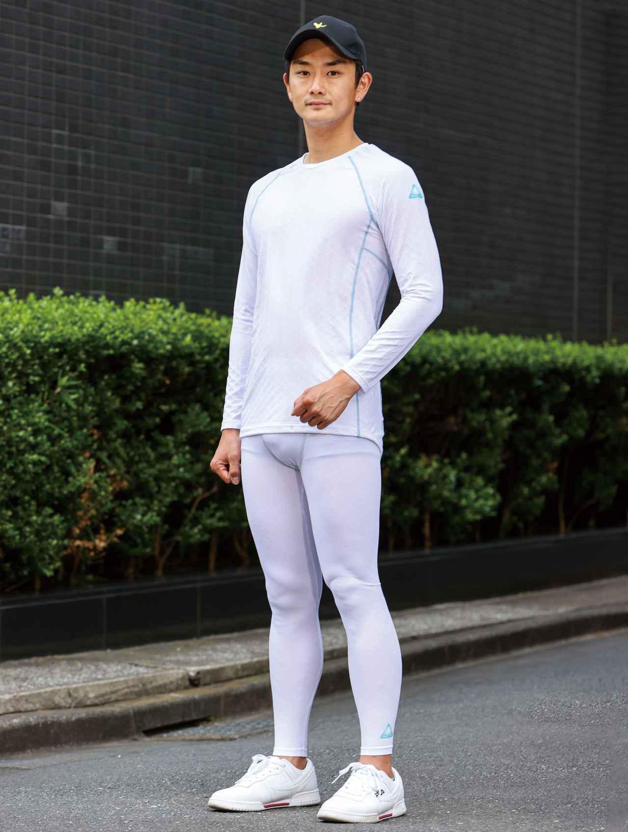 画像: FREEZE TECH/冷却インナーシャツ長袖クルーネック・冷却フルレングスタイツ 税込価格:シャツ=6,380円・タイツ=5,830円 サイズ:S、M、L、XL、2XL、3XL、WOMEN カラー: ホワイト、ブラック、ライトグレー モデルは176cm・67kg/上下Lサイズを着用