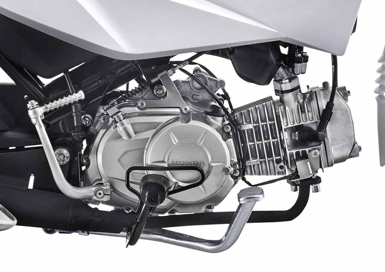 画像1: 東南アジアの製品とはまた異なるブラジルのアンダーボーン・バイク