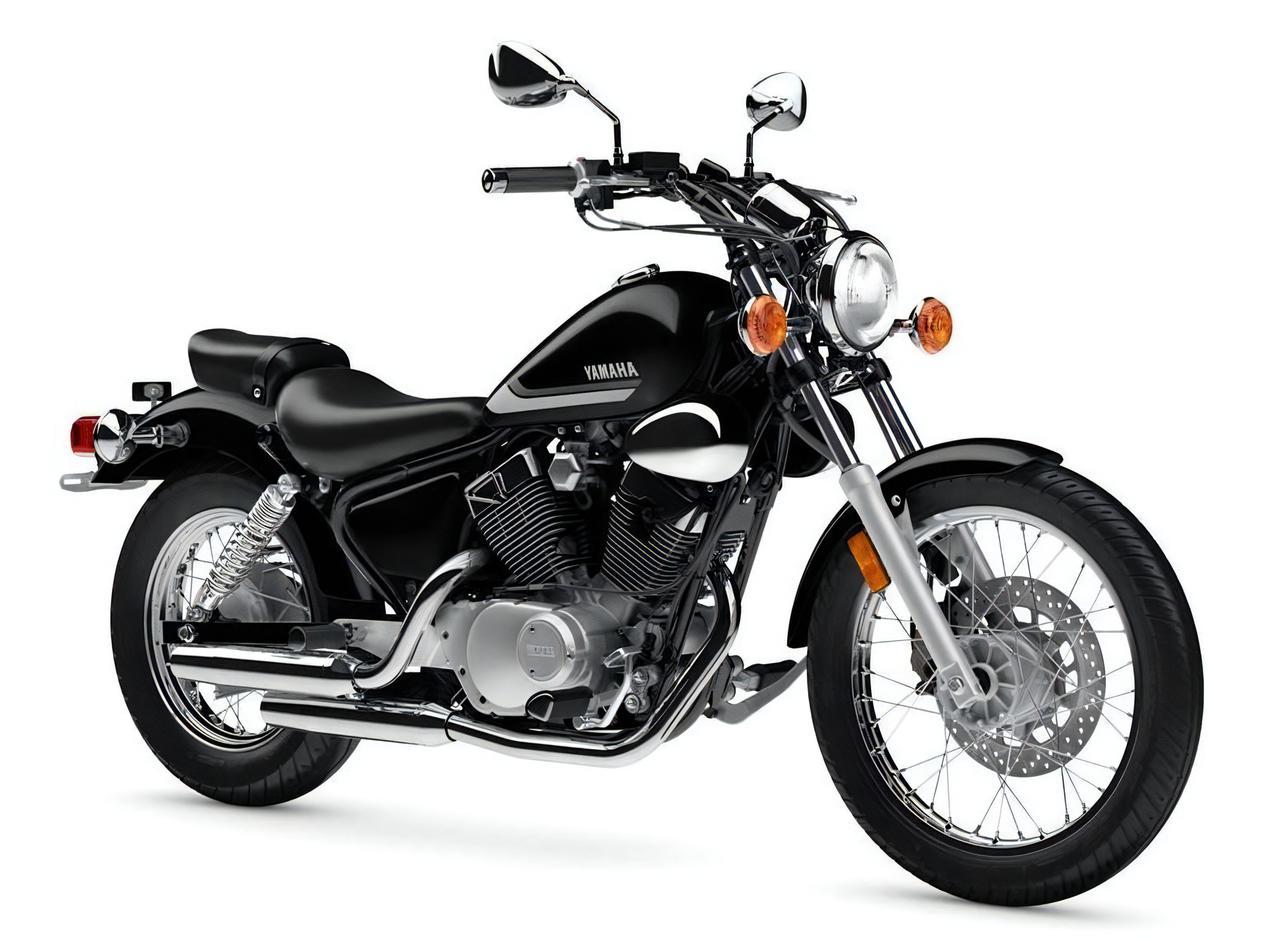 画像: YAMAHA V STAR 250 アメリカ仕様・2021年モデル 総排気量:249cc エンジン形式:空冷4ストOHC2バルブV型2気筒 シート高:685mm 車両重量:147kg