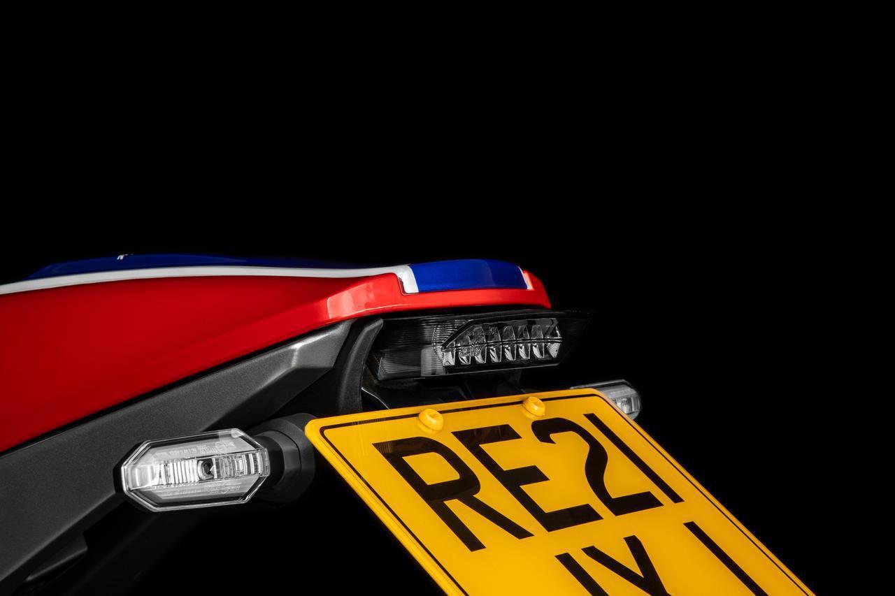 画像1: ホンダが英国で「CB1000R 5Four」を発表! ホンダUK&5Fourモーターサイクルズが再び造り上げたスペシャルモデル