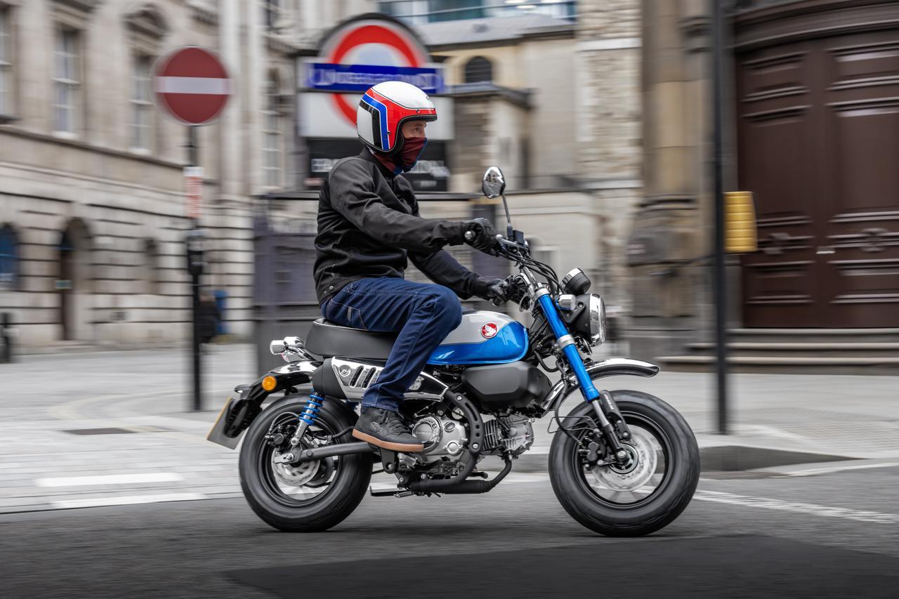 画像: 新エンジン搭載のホンダ「モンキー125」、欧州向け2022年モデルの登場でより詳しい情報が明らかに! - webオートバイ