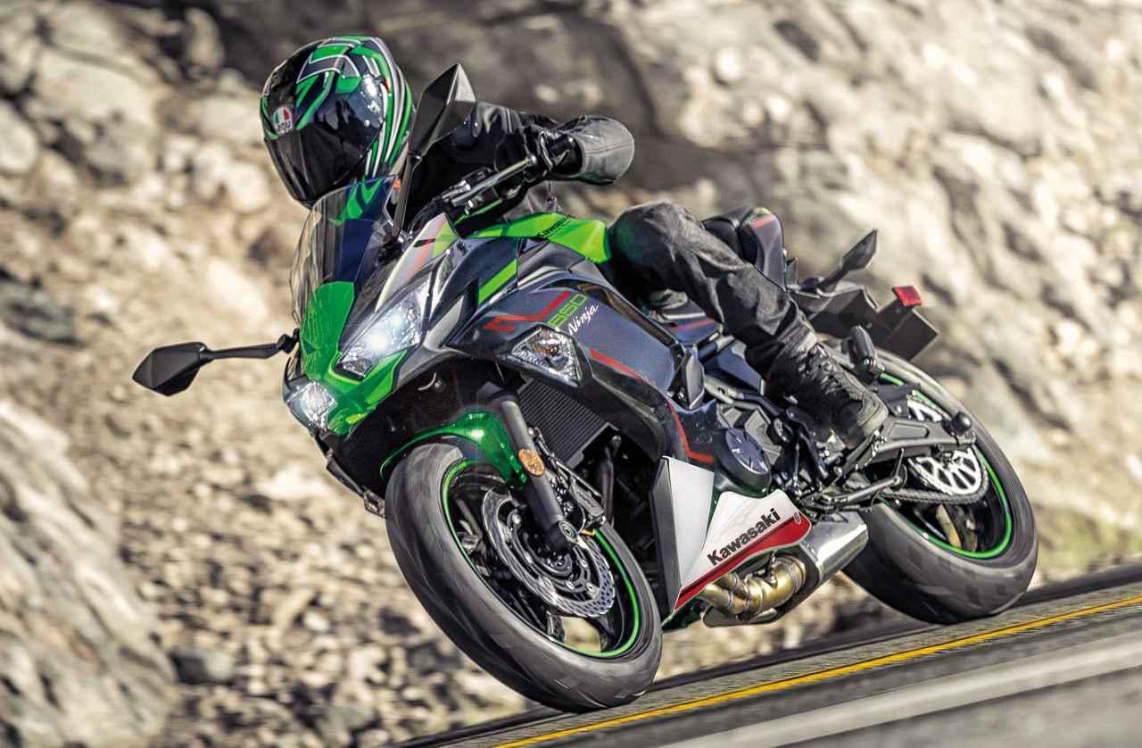 画像: Kawasaki Ninja 650 / KRT EDITION (写真はKRT EDITION) 総排気量:649cc エンジン形式:水冷4ストDOHC4バルブ並列2気筒 シート高:790mm 車両重量:194kg 税込価格:90万2000円