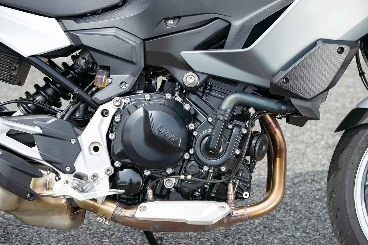 画像: 総排気量:894cc 最高出力:105HP/8500rpm 最大トルク:9.38kgf-m/6500rpm