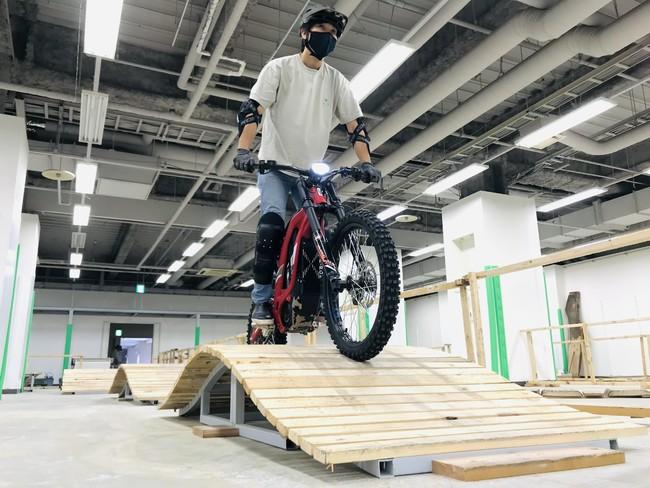画像3: 日本初! 電動バイク専用スポーツ施設「e-TRAIL PARK」が神奈川県海老名市にオープン