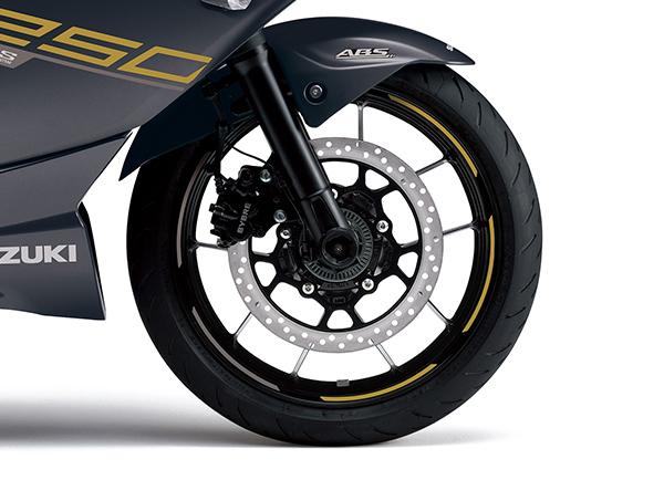 Images : 5番目の画像 - 【写真16枚】スズキ「ジクサー250」 - webオートバイ