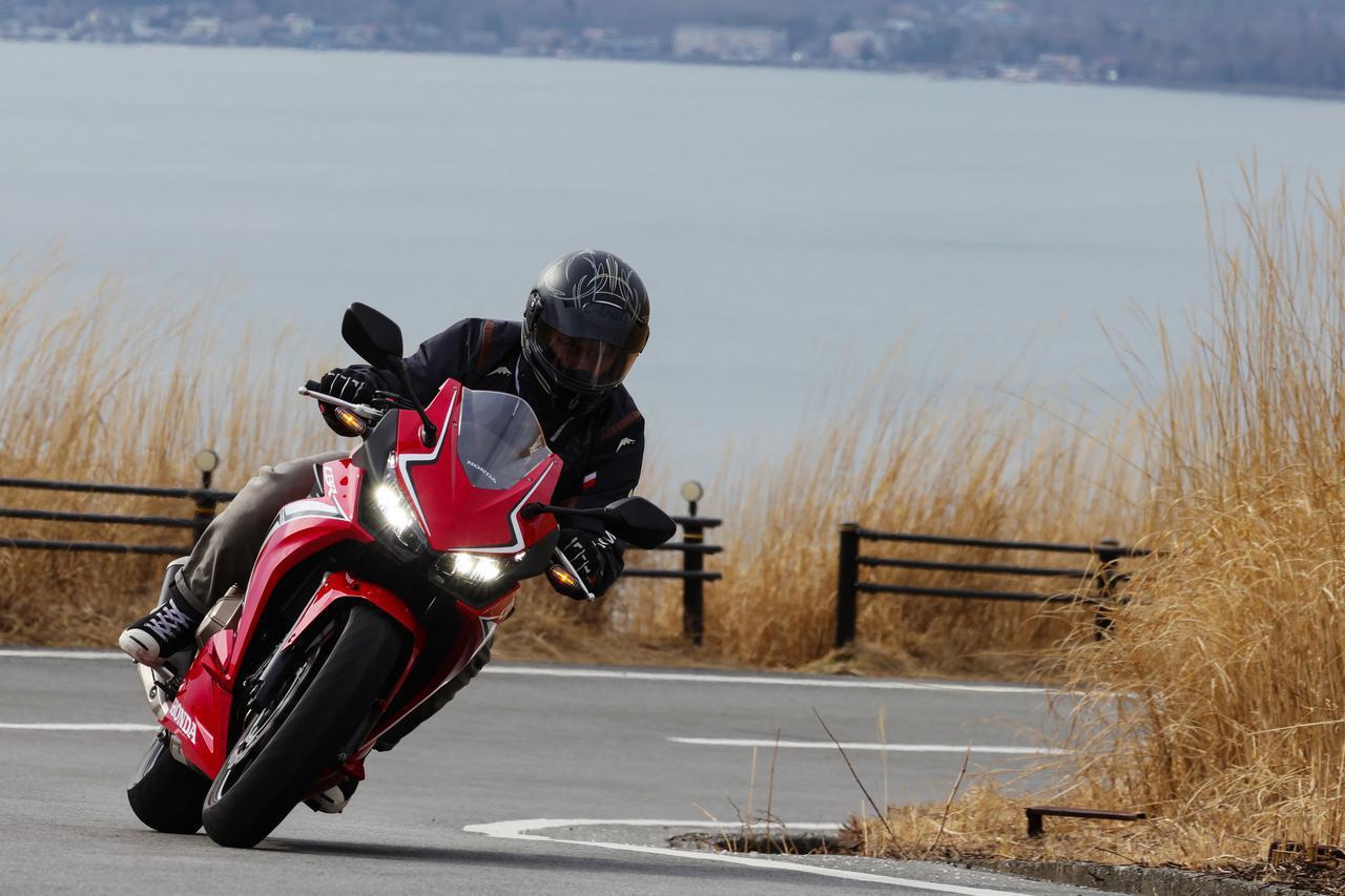 画像: ホンダ「CBR400R」ツーリング・インプレ(2021年) - webオートバイ