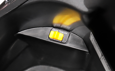Images : 8番目の画像 - 【写真11枚】プジョーモトシクル「ツイート150 ABS スペシャルエディション」 - webオートバイ