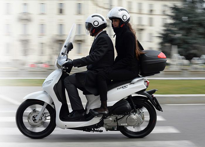 Images : 2番目の画像 - 【写真11枚】プジョーモトシクル「ツイート150 ABS スペシャルエディション」 - webオートバイ