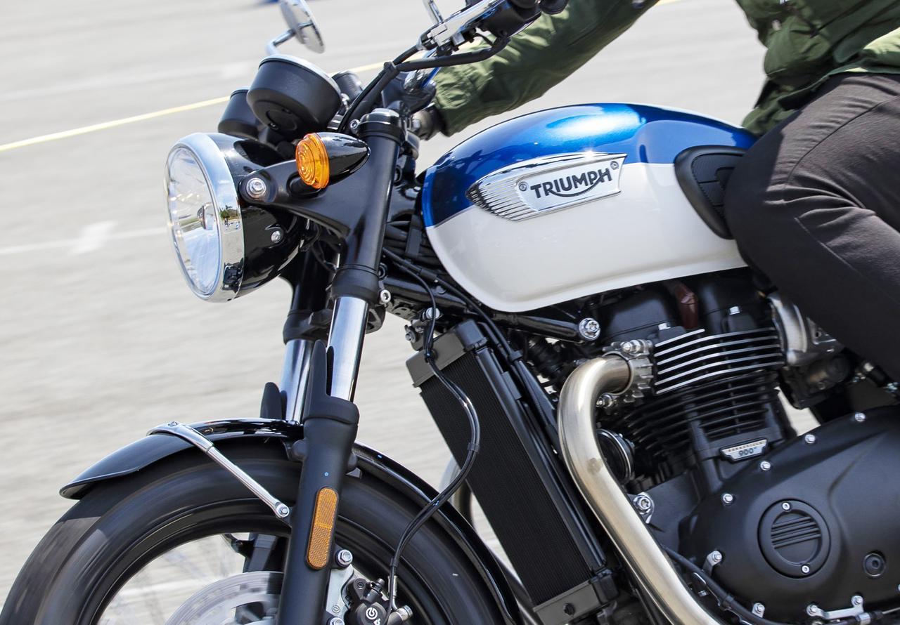 画像: 【レビュー】トライアンフ新型「ボンネビルT100」に乗ってみた! - webオートバイ