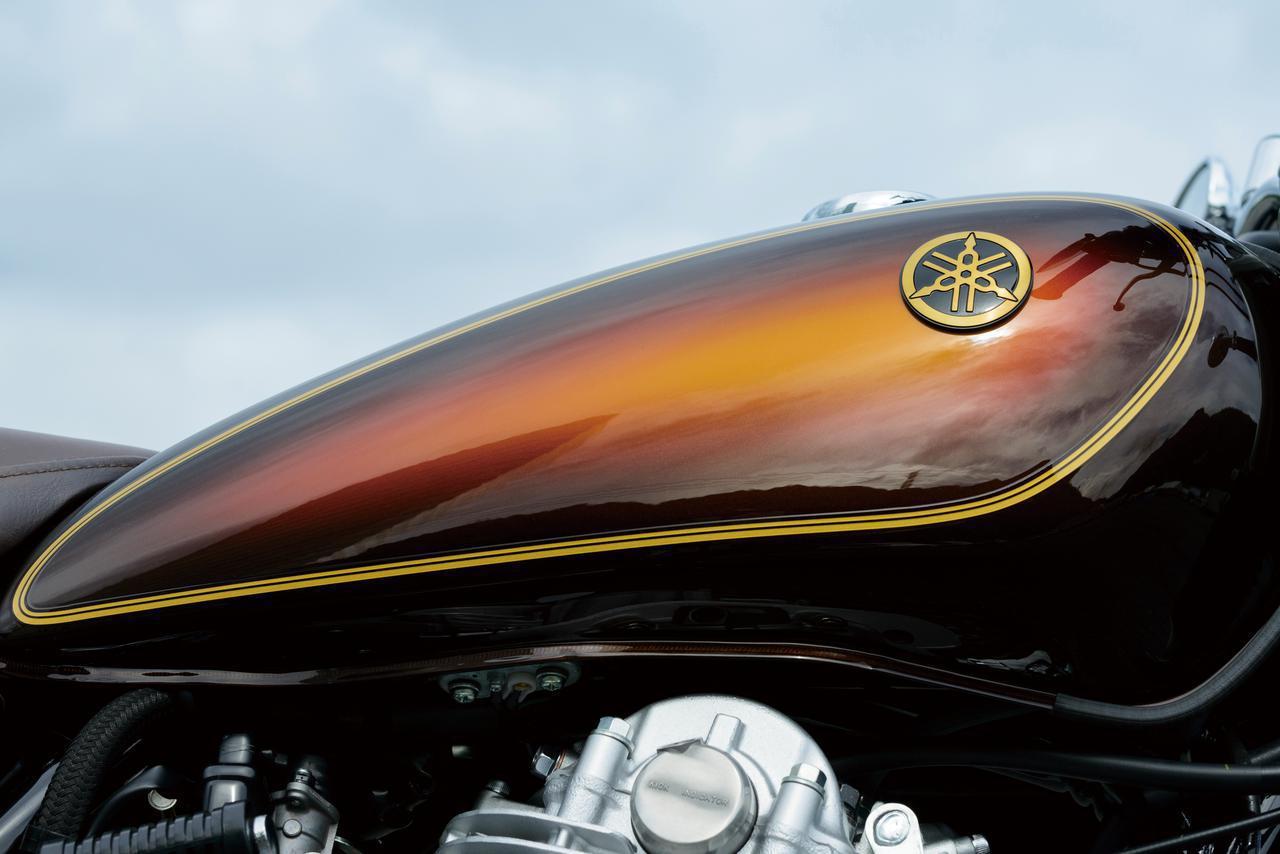 画像: ヤマハ「SR400」の人気モデル〈サンバースト塗装〉の限定車を振り返る! 43年間で6つのモデルが誕生 - webオートバイ