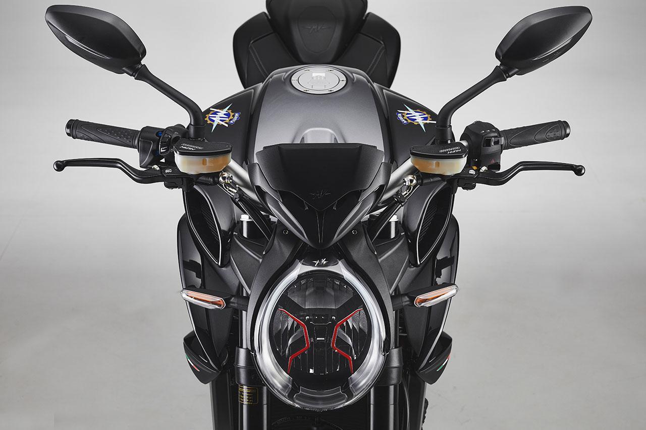 画像: MVアグスタが「ブルターレRR SCS」「ブルターレ ロッソ」の2021年モデルを発売 - webオートバイ