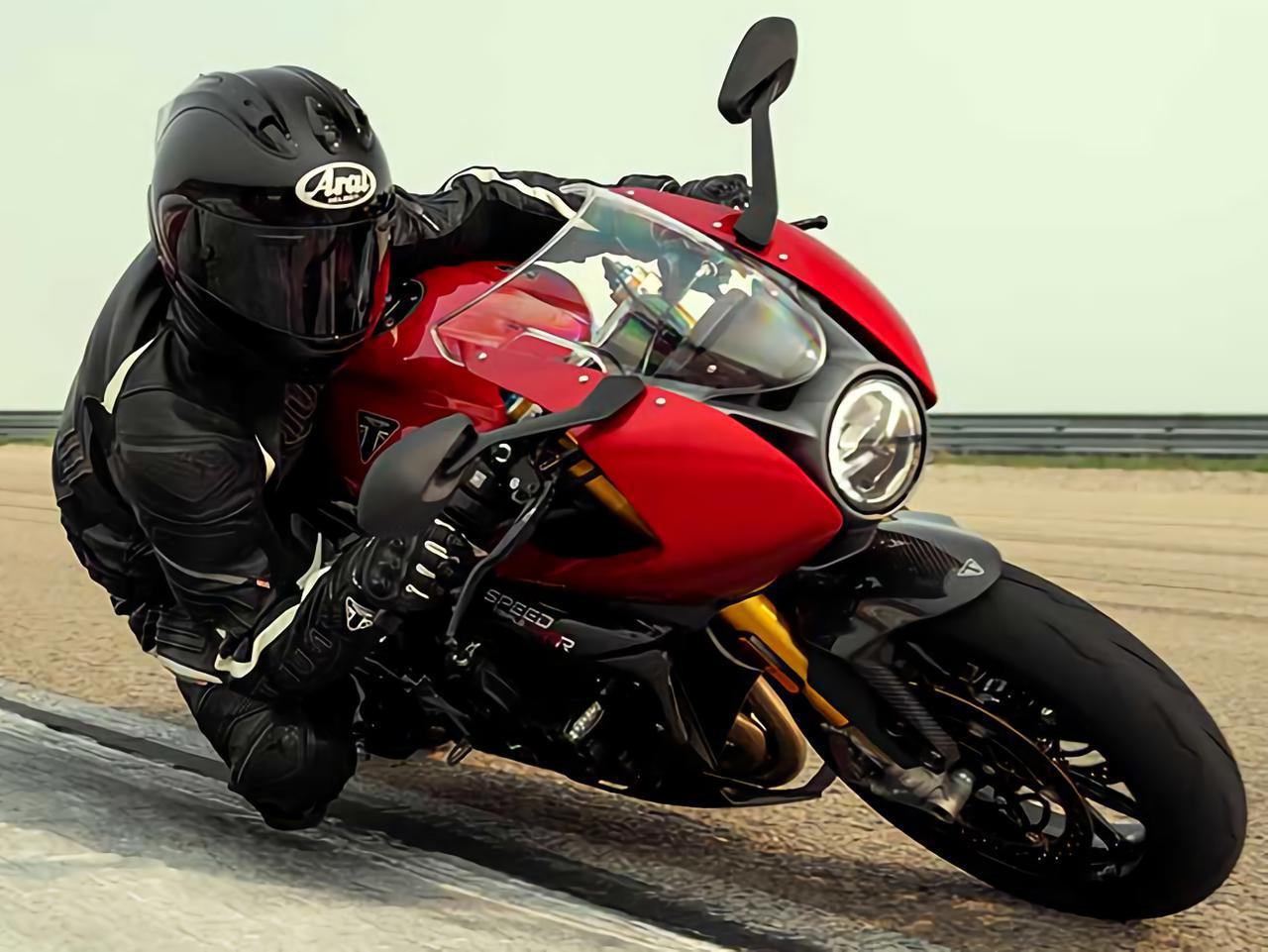 画像: 【9月14日追加情報】トライアンフ新型車「スピードトリプル1200RR」詳細発表! - webオートバイ